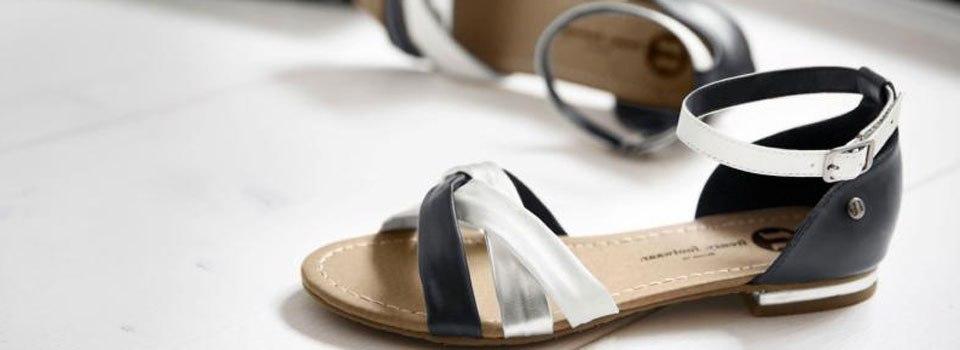 schwarz-weiss-sandalette