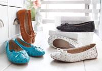Die Lochung ist mit dem Muster ein Highlight des Schuhs.