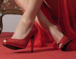 Am weiblichen Fuß wirken rote Schuhe sehr sexy.