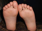 Barfuß sind Füße am empfindlichsten.