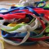 Schnürsenkel_in_verschiedenen_Farben
