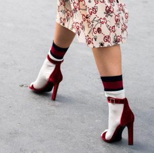 Socken in High Heels sind jetzt Trend!