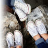 Wie du deine weißen Sneaker richtig pflegst, erfährst du im folgenden Blogbeitrag! :)