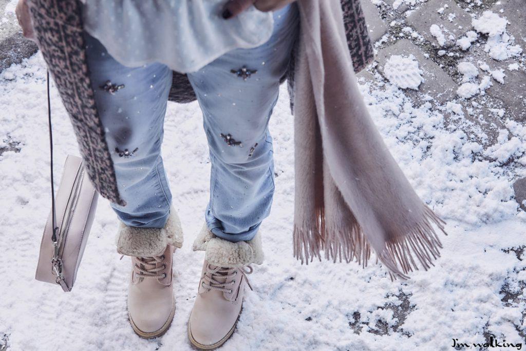 Fußpflege in den kalten Wintermonaten